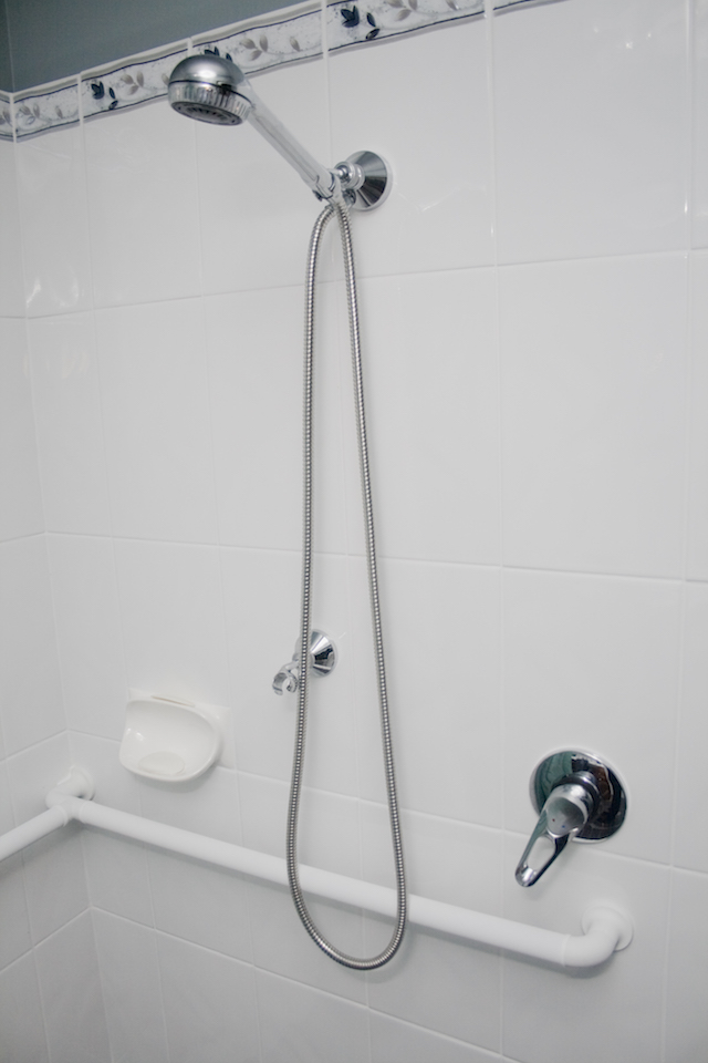 Hand Held Shower With A 2m Hose U0026 Modular White Grab Rail.